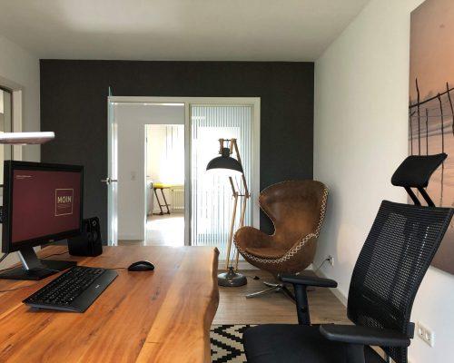 Büro-12